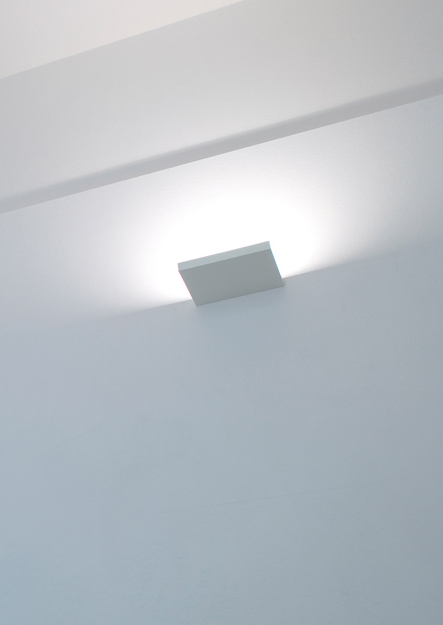 SOL 2 - Wall halogen / LED lamp