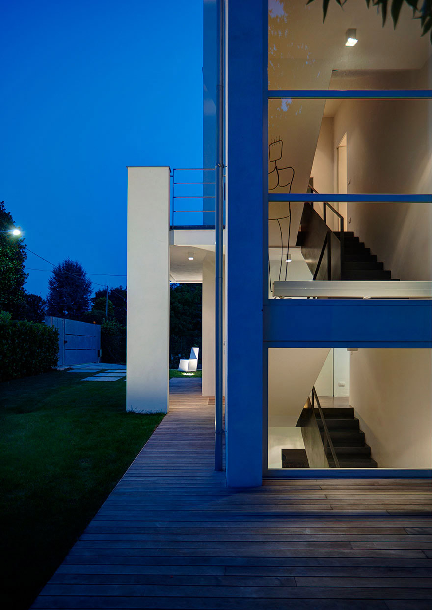 House in Biella - davide groppi lamps