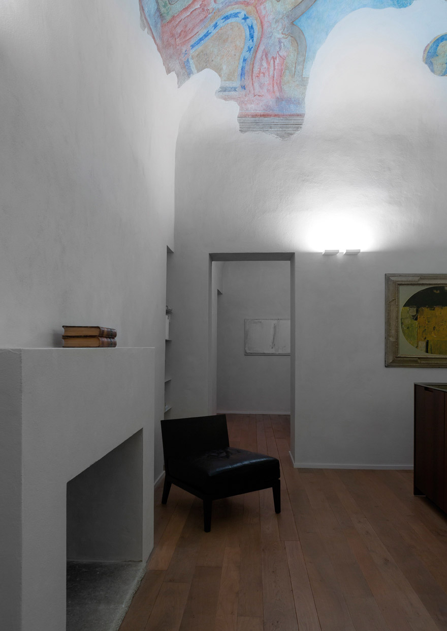 House in town 1 - light project davide groppi