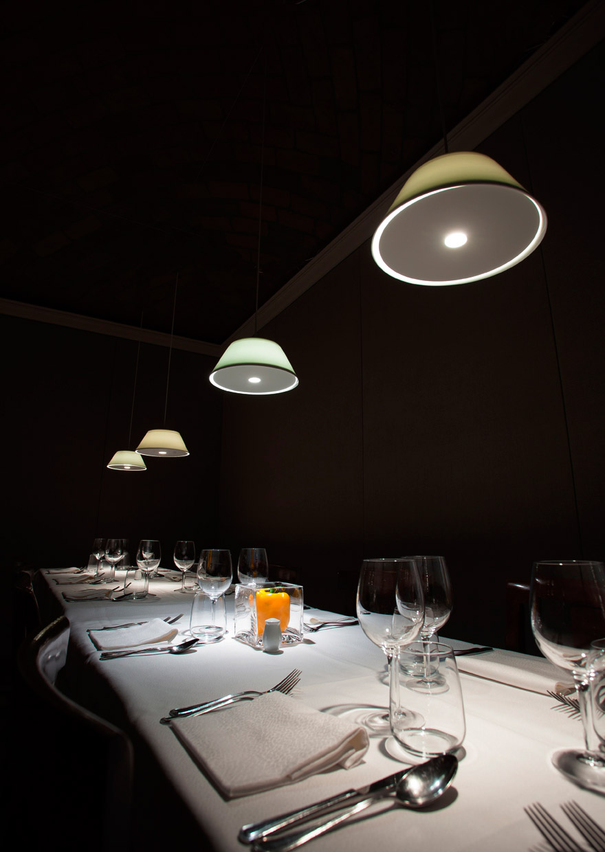 Sugone Restaurant - Rivergaro - light project davide groppi